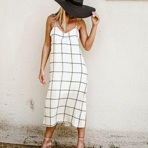 Gilli. Square Print Maxi Dress